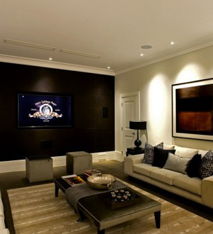 Easy to use and child friendly this Home Cinema was designed with family life in mind. A 7.1 surround sound system, access to Apple TV and beautifully integrated Plasma screen forms the perfect media room.