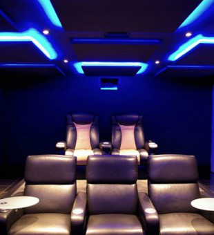 Unsure what to include in your Home Cinema? Demos and showrooms are available to help you make your decision.